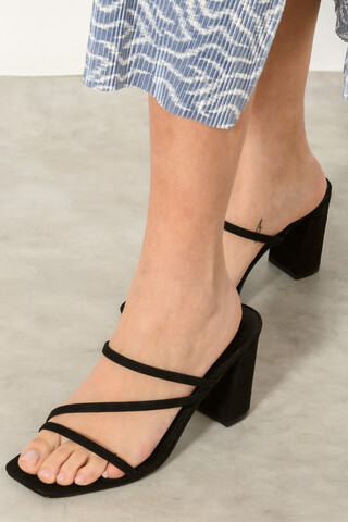 Mule with strap detail BLACK 37